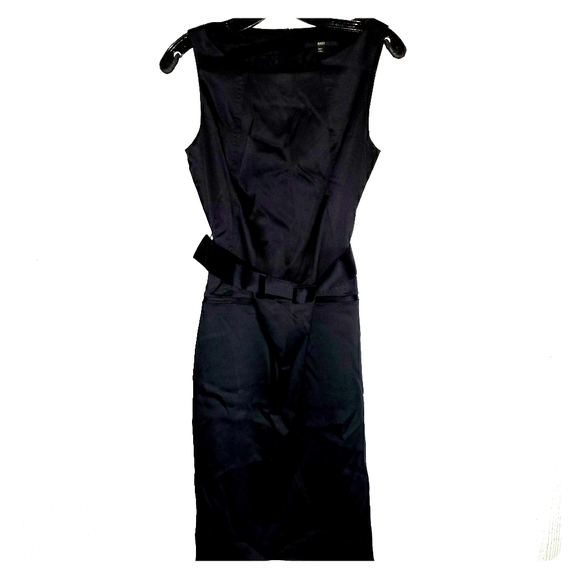 Hugo Boss Full Length Dress. With lining. Small.